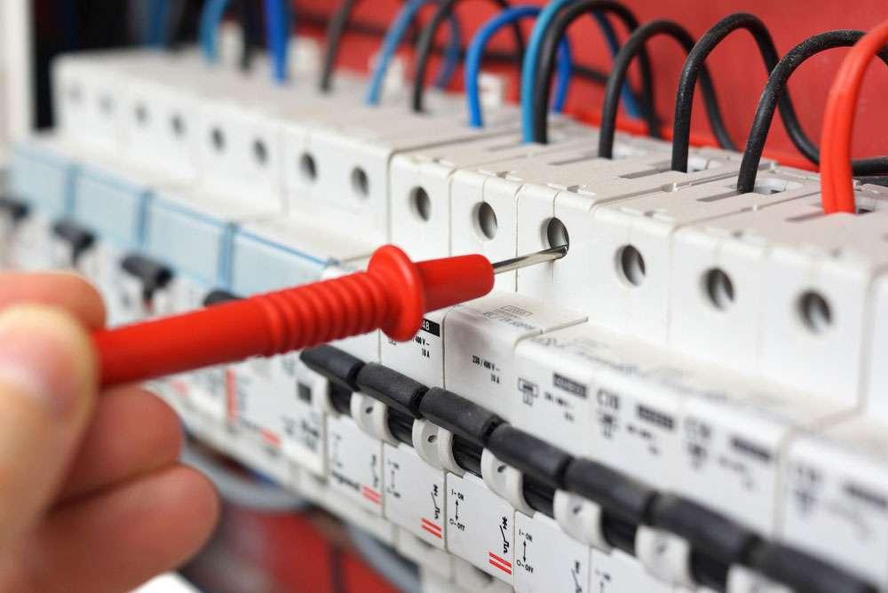 Fiche Metier Inspecteur Electricite Salaire Etude Role Et Competence Regionsjob Com